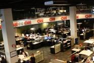"""ABŞ, Corciya ştatı, Atlanta, CNN Center, cnn.com-un redaksiyası - Məndə """"Bura əvvəllər zirzəmi olub"""" təssüratı yaratdı (Bu fotoda şöbənin üçdə ikisi görünmür)"""
