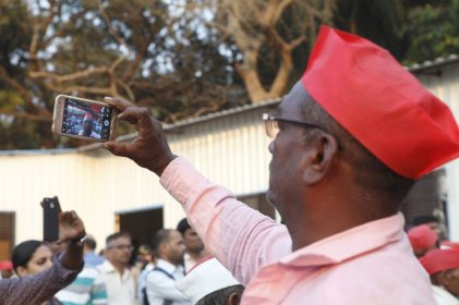 A farmer takes a selfie, before he leaves to return to Nashik, to commemorate this historic day.