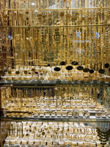 A Jeweler's delight. No problem with inventory...