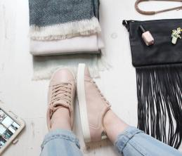 schooo-run-fashion-dilly-and-the-boo-blog-pastel-autumn-fashion-mom-jeans-1