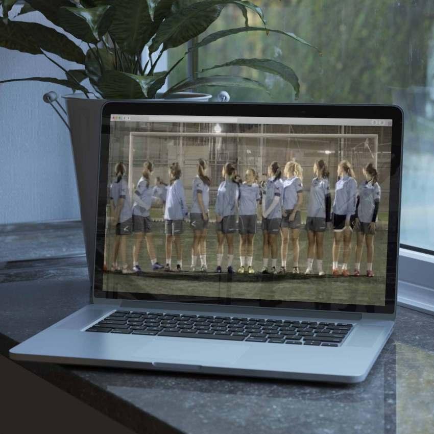 Frame del vídeo promocional del Oviedo Moderno