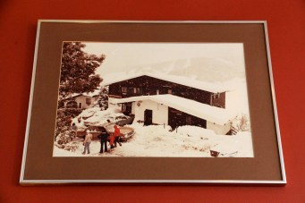 Thredbo - Black Bear Inn During Winter (NSW)