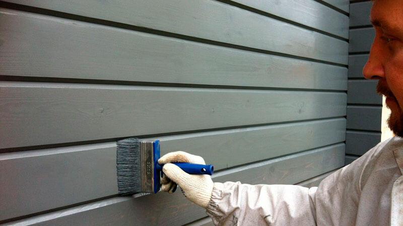 чем покрасить деревянный дом снаружи и внутри