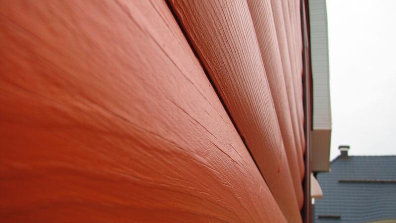 покраска деревянного дома снаружи своими руками