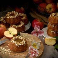 MINI BUNDT CAKES DE MANZANA Y AVENA VEGANOS