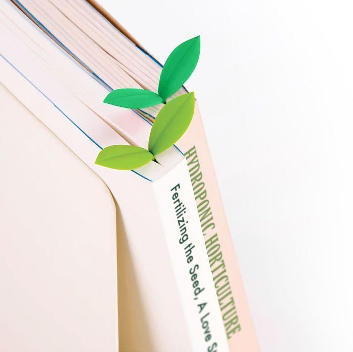Pembatas Kertas Buku Bentuk Daun
