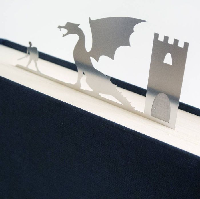 Pembatas Kertas Besi untuk Halaman Buku Bentuk Naga dan Ksatria