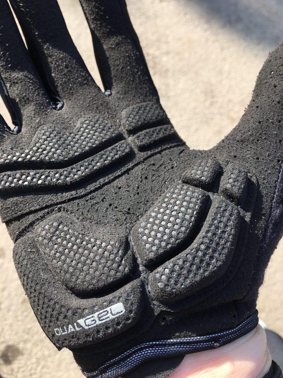 InsertsCrédit  en gel des gants Boy geometry