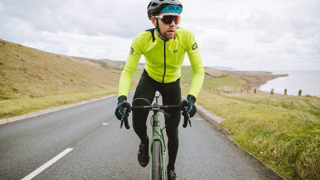 cycliste avec veste Ale K-Idro Jacket 2