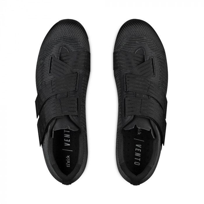 paires de chaussures fi'zi:k Vento Powerstrap R2 Aeroweave