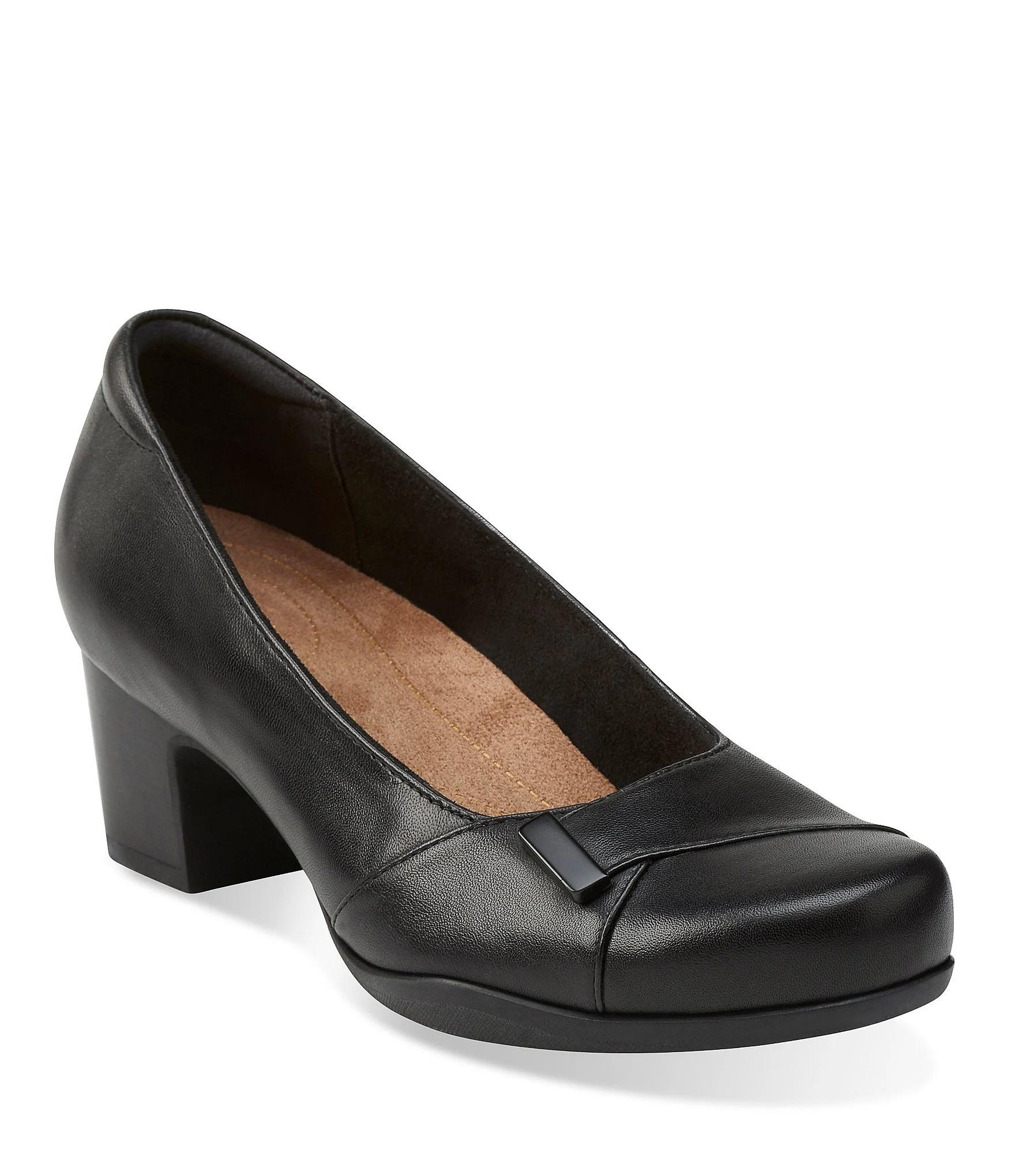 Clark Air Walker Shoes