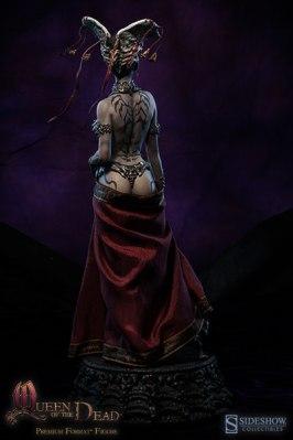 400242-queen-of-the-dead-008