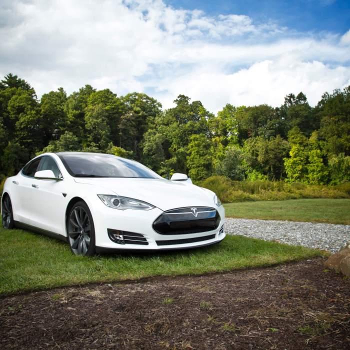 Tesla Model S Appraisal Clause Dispute
