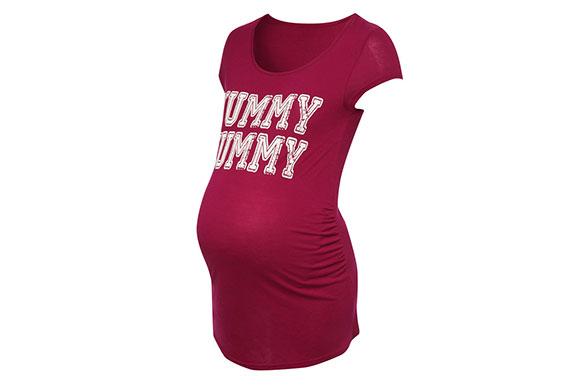 Удобните тениски – идеален вариант за дните на бременността