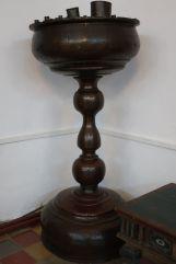 Напольный подсвечник. Конец XVIII в. Поступил в 1902 г.