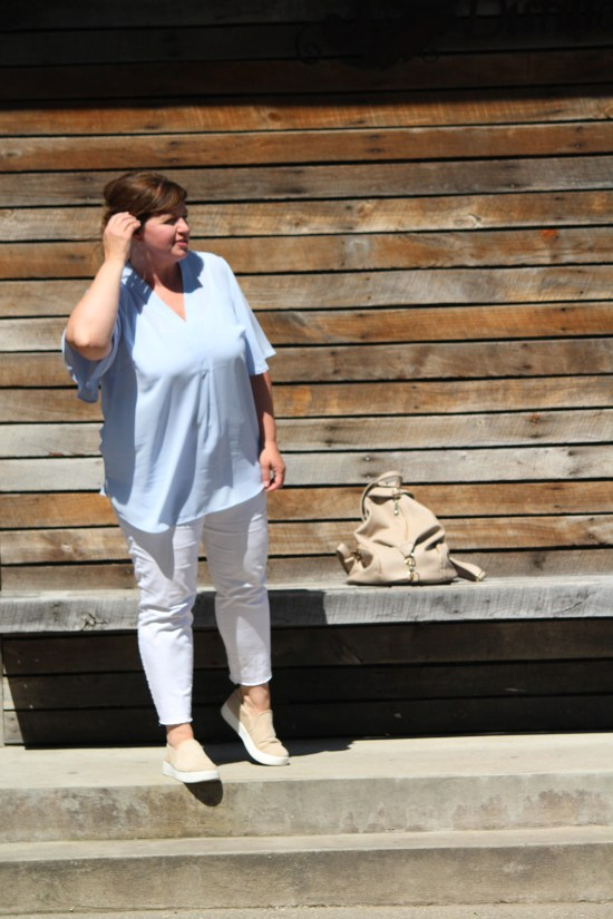 Casual Curvy Fashion / Fashion Over 50 / Plus Size Fashion