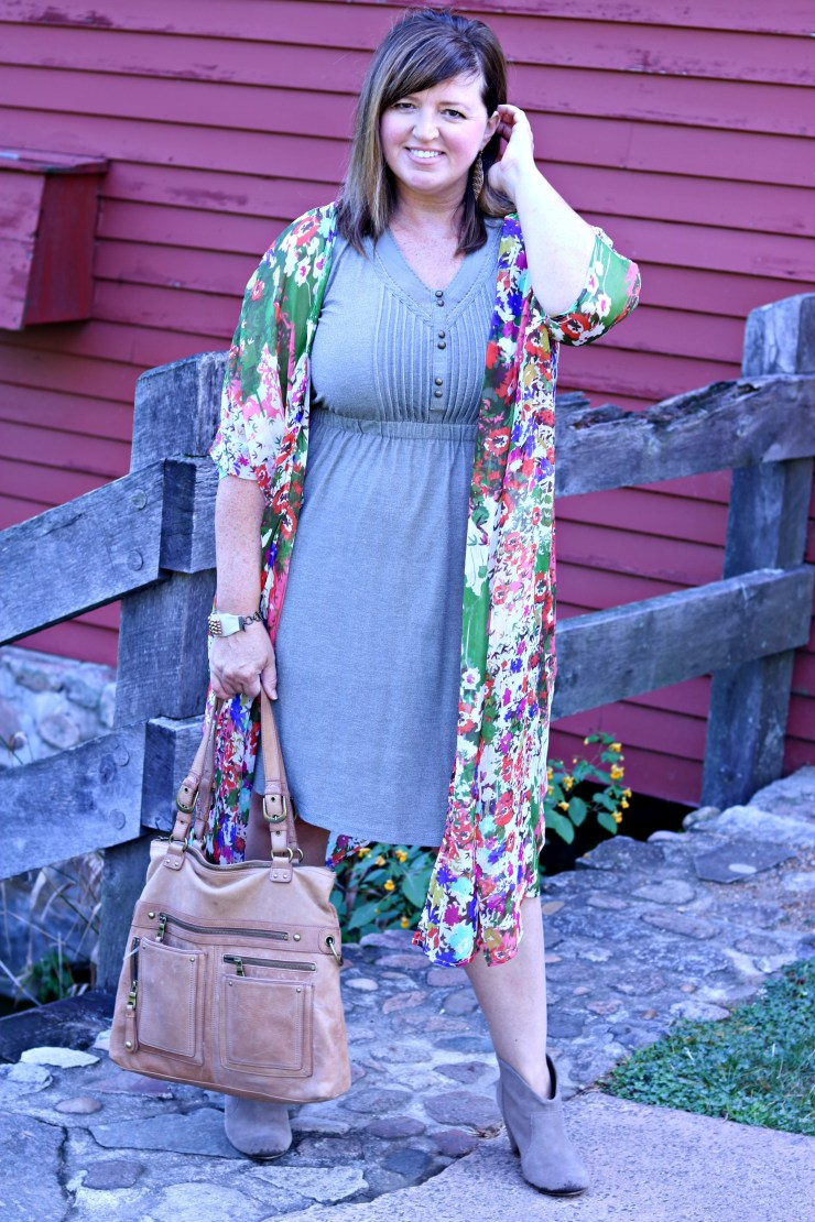 Summer to fall outfit / Between season outfit / dimplesonmywhat.com