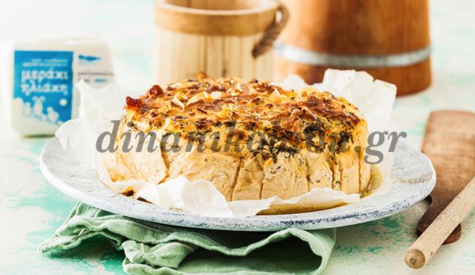 Τυρόπιτα με μυζήθρα βαρελιού, μαλλακιώτικο τυρί και κρόσσια φύλλου