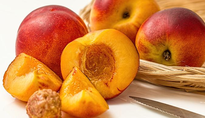 Πόσες θερμίδες έχουν τα δημοφιλέστερα καλοκαιρινά φρούτα;