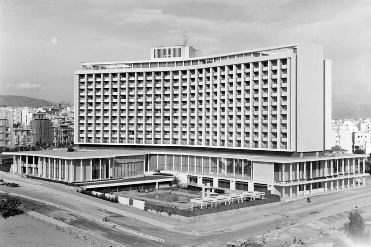 • EKθΕΣΗ | Επέτειος 100 χρόνων για τη διεθνή αλυσίδα ξενοδοχείων Hilton