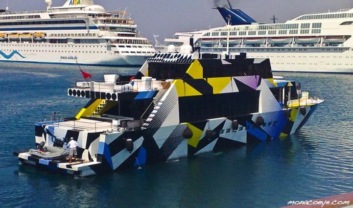 jeff-koons-yacht
