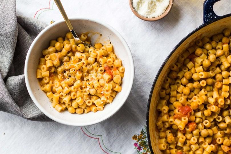 pasta e ceci by less with bread