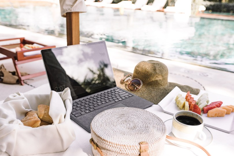 Bringing Microsoft Surface Laptop with me on vacation