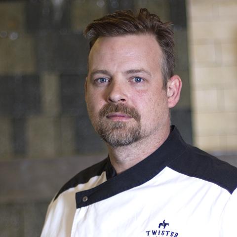 Chef Aron Mackevicius