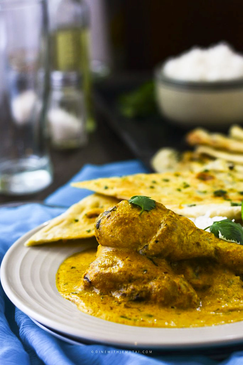 Chiken korma with rice and naan