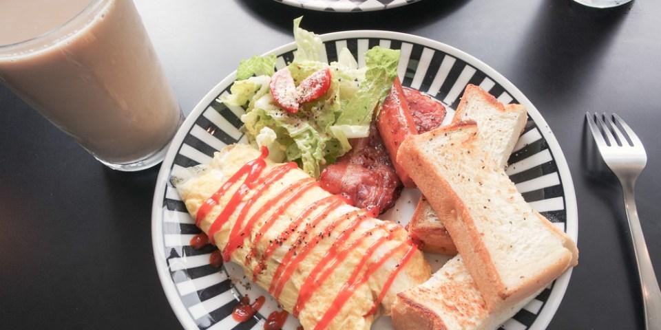 【台南中西區早午餐】府前路隱藏巷弄美式風格早午餐,後座BackSeat ,好吃的歐姆蛋、熱壓三明治大推薦!