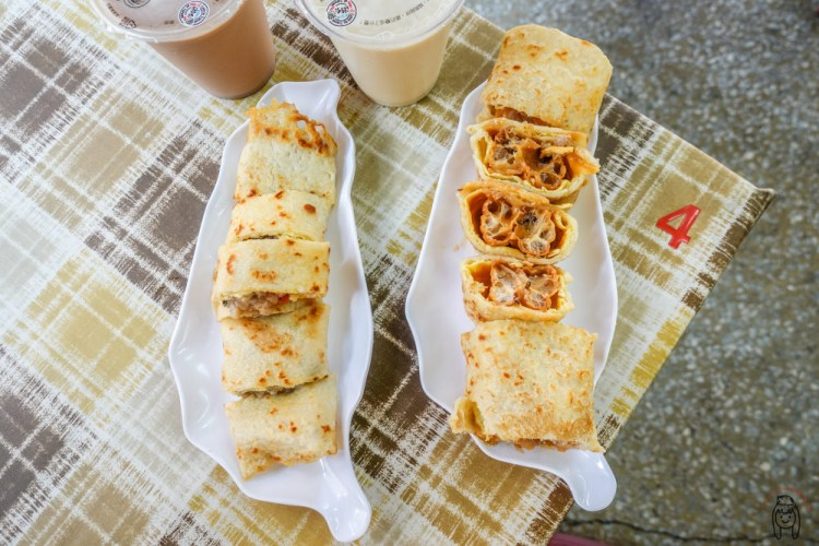 台南南區早餐 「蛋餅小二 文南店」主打口感酥脆、多種創意口味蛋餅,蛋餅控不能錯過!