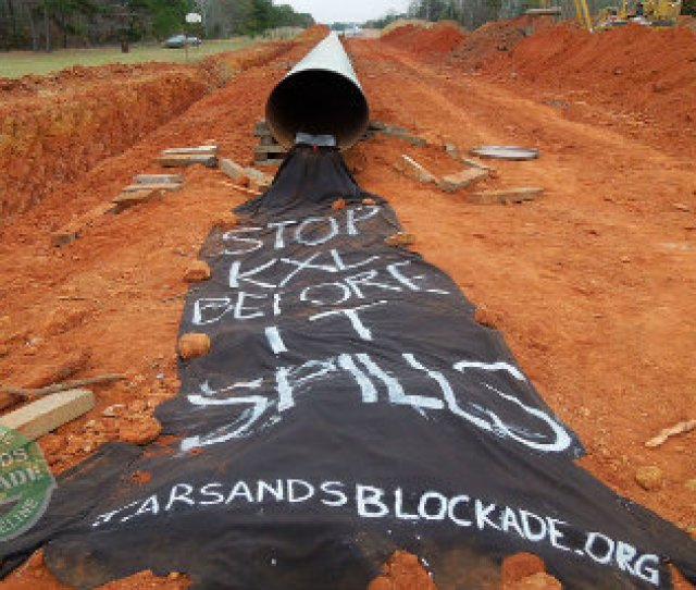 Activists Find Gaping Holes In Keystone Xl Pipeline Literally
