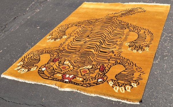 Heavy Nepal Tibet Tiger Rug