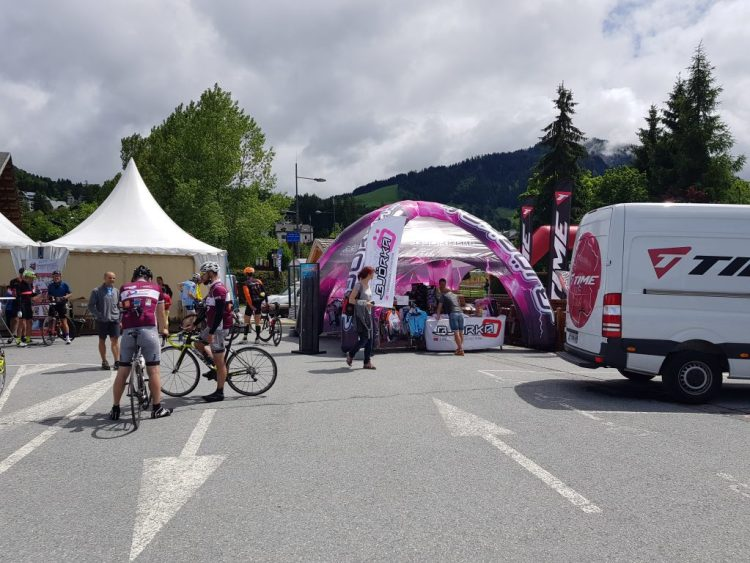 Time Megève Mont Blanc 2017 -  Quelques stands sympa sur le village départ