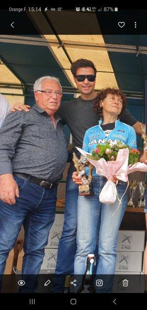 Jeannie Longo et David Campagnolo au centre (petit fils du fondateur de la marque)
