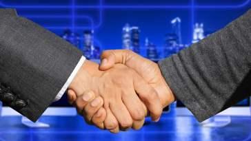 parceria-ente-uol-e-portal-do-bitcoin-e-anunciada