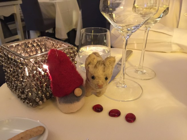Frankie checked out the table decorations