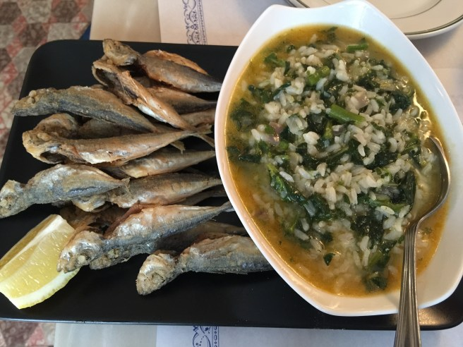 Fried mackerel with spinach rice