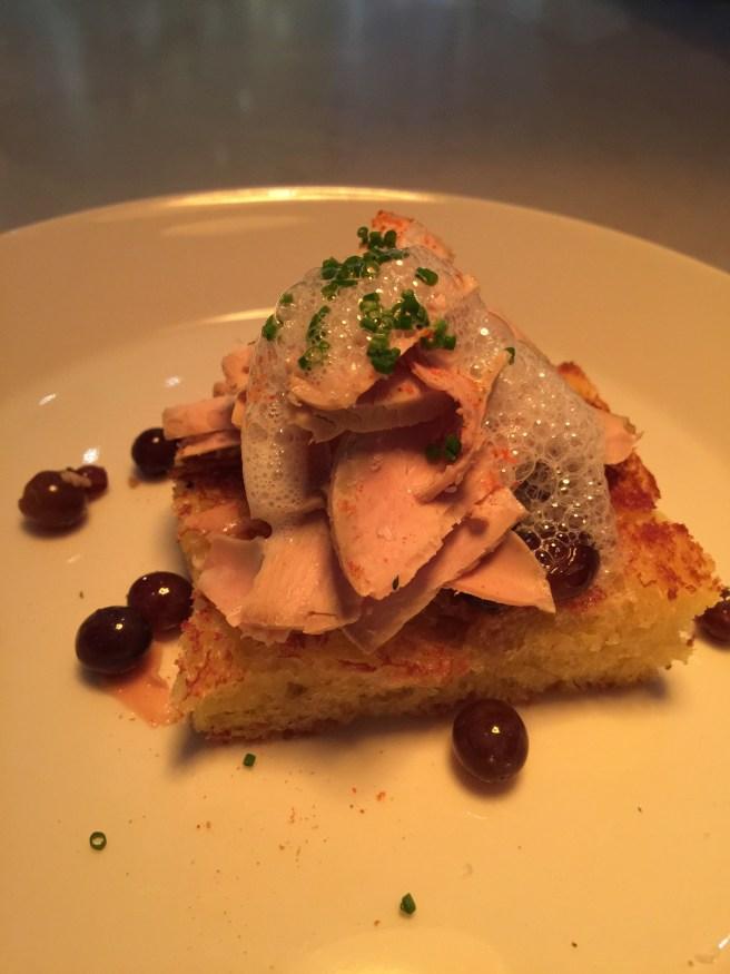 Torchon of foie gras, ear grey champagne grape, brioche