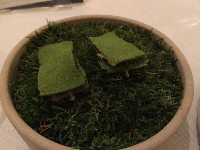 sweetbread with stinging nettles