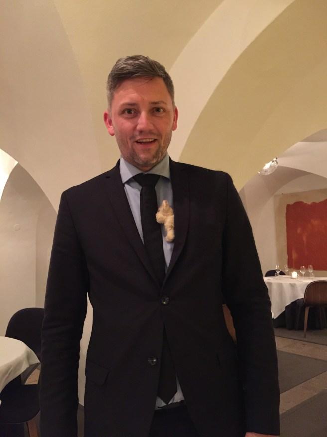 Very fun waiter Nicoli with Frankie