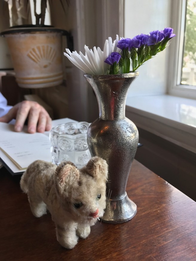 Frankie and the table flowers