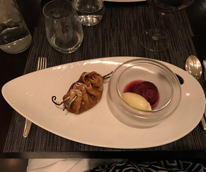 Figs poached in red wine and vanilla ice cream with chocolate and chestnut wrapped in crêpe