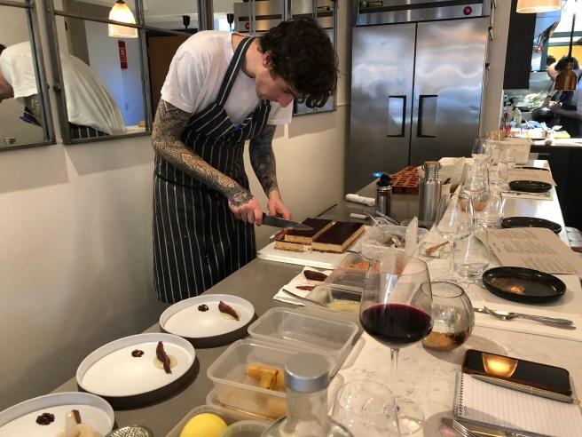 slicing foie gras