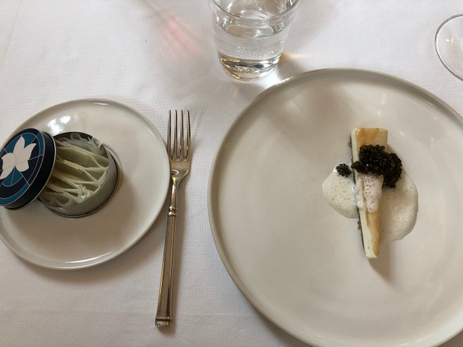 Cheesecake with smoked Sturgeon, Caviar, Everything Bagel and White Asparagus