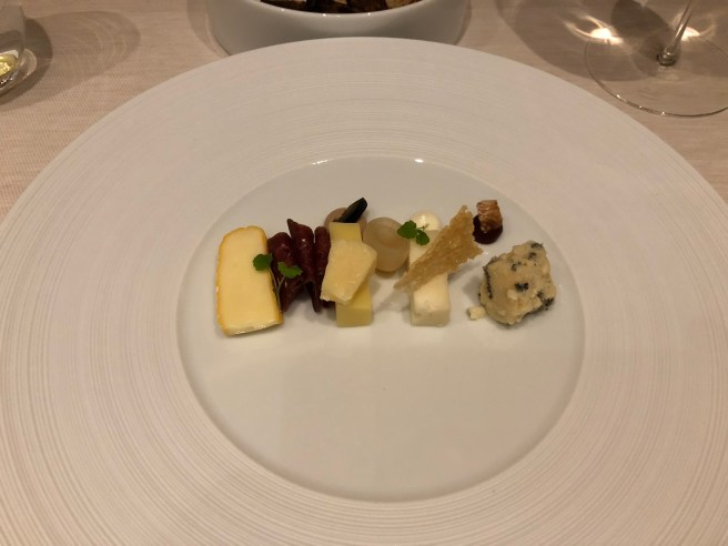 "Cheese from the ""Jumi Versum"" - cow, goat, sheep"