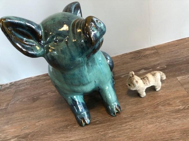 Frnakie met a pig