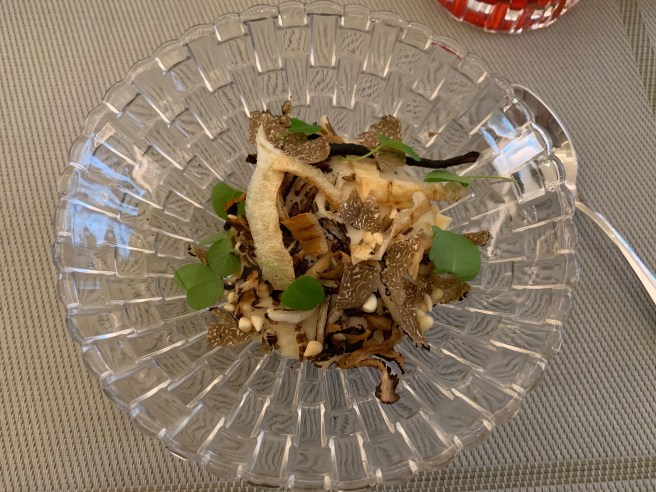 black truffles, parsnip cream and beef ragout