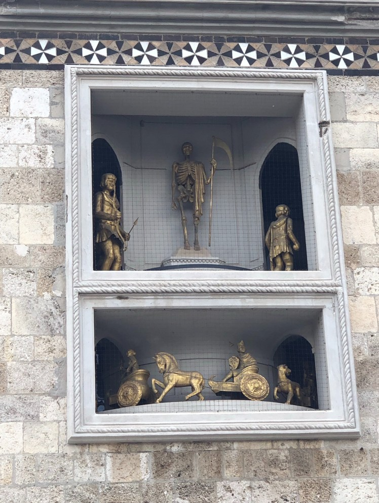 Messina Cathedral's belltower statues