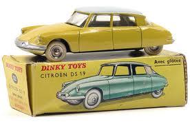 voiture miniature dinky toys